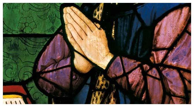 Temos obrigação de continuar rezando pelo Brasil